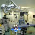Mit unseren modernst ausgestatteten OP-Räumlichkeiten und besonders geschultem Fachpersonal werden alle OPs der ambulanten Chirurgie durchgeführt.